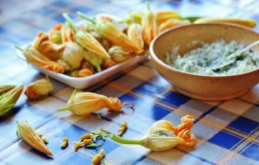 3 Delicious Ways To Use Squash Blossoms